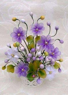Arranjos de flores com meia de seda com passo a passo