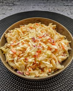 Coleslaw is a wonderfully tasty American coleslaw and the best is … – Famous Last Words Salmon Salad Recipes, Taco Salad Recipes, Salad Dressing Recipes, Healthy Salad Recipes, Meatless Pasta Recipes, Layered Taco Salads, Seven Layer Salad, Healthy Ground Beef, Taco Salad Bowls