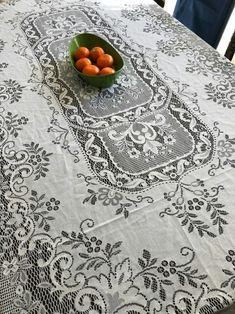 빈티지 레이스 식탁보 : 네이버 블로그 French, Rugs, Recipe, Book, Home Decor, Farmhouse Rugs, Decoration Home, French People, Room Decor