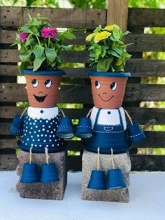 Flower Pot People, Clay Pot People, Clay Pot Projects, Clay Pot Crafts, Clay Flower Pots, Flower Pot Crafts, Painted Clay Pots, Painted Flower Pots, Pots D'argile