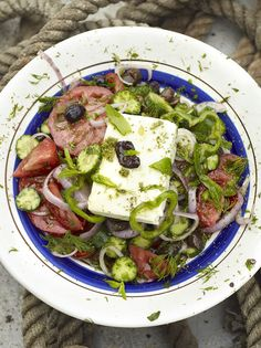 Classic Greek Salad recipe from Jamie Oliver Vegetable Salad, Vegetable Recipes, Vegetarian Recipes, Cooking Recipes, Healthy Recipes, Greek Olives, Tomato And Cheese, Brunch, Salad Bowls