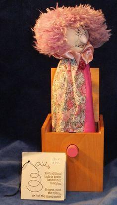 Collectors & Hobbyists Jack-in-the-Box Toys Pop Goes The Weasel, Jack In The Box, Toy Boxes, Maine, Teddy Bear, Usa, Toys, Handmade, Vintage