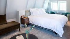 Pillows_Anna_van_den_Vondel_Amsterdam_Grand_Deluxe_1