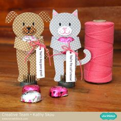 Lori Whitlock Valentine Candy Hugger Dog & Cat by Kathy Skou. Valentine Crafts, Puppy Valentines, Valentines Day Decorations, Valentine Heart, Valentines For Kids, Valentine Day Cards, Creative Gift Wrapping, Scrapbooking Ideas, Valentine's Day Greeting Cards