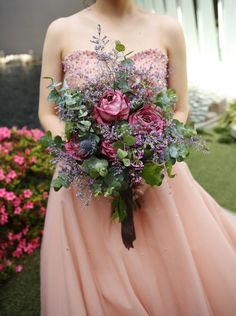 Bouquet Images, The Blushed Nudes, Wedding Cakes With Flowers, Bride Bouquets, Blush Pink, Wedding Events, Beautiful, Dresses, Bodas