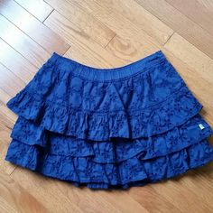 soon deleted, Abercrombie & Fitch mini skirt, L in excellent condition, eyelets Abercrombie & Fitch Skirts Mini