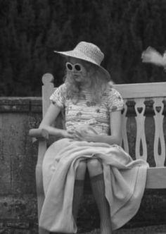 ♥ Hannah beautiful Murray ♥ Hannah Murray photo from Skins UK an Alancho selection Cassie Skins, Skin Whitening Foods, Cassie Hair, Skin Color Tattoos, Hannah Murray, Skincare Logo, Skins Uk, Fantasias Halloween, Natural Eyebrows