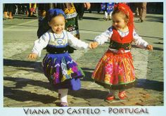 Portugal Girls in Traditional Costume of Viana, Portugal Kids Around The World, We Are The World, Traditional Dresses For Kids, Traditional Clothes, Folk Costume, Costumes, Portuguese Culture, Visit Portugal, My Heritage