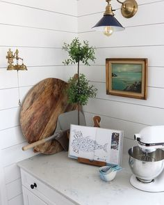 "409 Likes, 11 Comments - Kennesha Buycks (@restorationhouse) on Instagram: ""Cozy kitchen nooks are my favorite. Vintage art in kitchens...a close second.  Spot on…"""