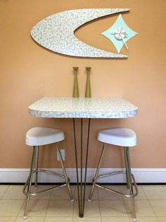 DIY Belart style clock and cozy kitchen snack bar - Patti and Darin's MacGuyvered delights! - Retro Renovation