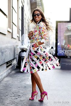 Mixing of different floral patterns. The stripe in the skirt helps with the contrast!