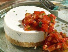 Cheesecake fredda ricotta e pomodoro in insalata