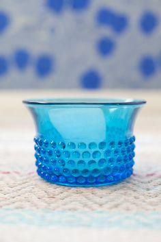 Vihreä talo Glass Vessel, Glass Art, Modern Glass, Painted Doors, Glass Collection, Glass Design, Scandinavian Design, Finland, Decorative Bowls