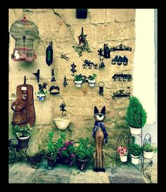 "0 Me gusta, 1 comentarios - @ylohe en Instagram: ""Encanto #paredescoloridas #murosdepiedra #santillanadelmar @ylohe"""