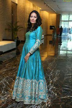 Indian Anarkali, Anarkali Suits, Punjabi Suits, Ladies Suits, Suits For Women, Fashion Wear, Hijab Fashion, Boutique Suits, Blue Gown