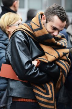 Oversized scarves have always been a favorite of mine. Of course, the iconic Louis Vuitton print is always noticeable.