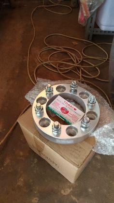 jual adaptor ban -untuk mobil hartop -isi 4pcs, ukuran 3cm -bahan alumunium -merek vector -tomato wtc 082210151782