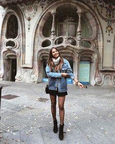"52.2k Likes, 358 Comments - EMELIE (@emitaz) on Instagram: ""Sunny Barcelona & italian legwear by @calzedonia #calzedonia #italianlegwear ✨"""