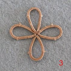 Tatting Necklace, Tatting Jewelry, Pendant Necklace, Tatting Tutorial, Needle Tatting, Tatting Patterns, Projects To Try, Pendants, Pearls