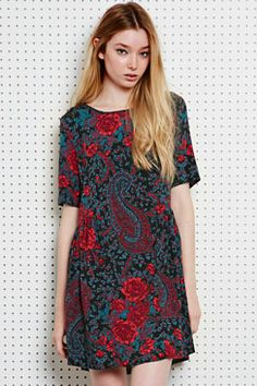 A beautful paisley dress for the autumn. Rock this with a pair of brogues and a leather jacket. Dresses at Urban Outfitters