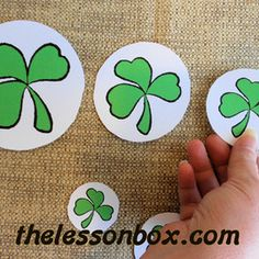 The Lesson Box. Shamrock Sorting By size- Math.