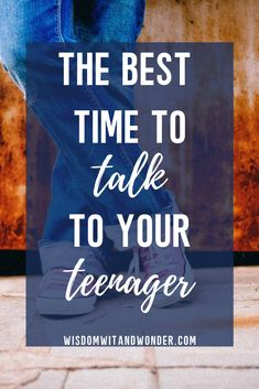 We struggle to get teenagers to talk or listen but instead of fighting it, we have to learn that there is the 'best time to talk' for your child. Raising Teenagers, Parenting Teenagers, Parenting Advice, Parenting Done Right, Kids Running, How To Stay Awake, Talking To You, Books To Read, About Me Blog