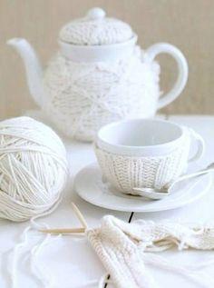 #white #feather #lovepalas #palasjewellery #palas #colour #inspiration #love #teapot #knit