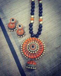 Funky Jewelry, Fashion Jewelry Necklaces, Fabric Jewelry, Metal Jewelry, Fashion Necklace, Jewelry Boards, Handmade Jewelry Designs, Handmade Necklaces, Handcrafted Jewelry