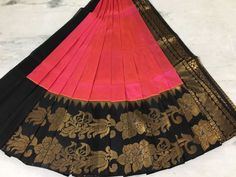 Elegant Fashion Wear Explore the trendy fashion wear by different stores from India Jute Sarees, Kanjivaram Sarees Silk, Indian Silk Sarees, Saree Draping Styles, Saree Styles, Latest Silk Sarees, India Fashion, Women's Fashion, Fashion Trends