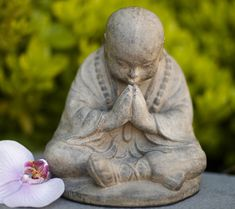 Bring the meaning of namaste to your daily routine with this charming praying monk statue. Sitting in a traditional prayer stance with a bowed head and joine… Outdoor Statues, Garden Statues, Thai Monk, Zen Style, Buddha Meditation, Buddhist Monk, Mystique, Yoga, Hand Cast
