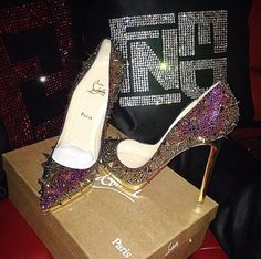 Image via We Heart It https://weheartit.com/entry/148319775 #fashion #fendi #glamour #glitter #heels #louboutin #paris #style