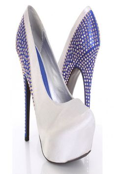 I'm pretty sure if Evel Knievel were a chick, these would be the shoes she rocked!