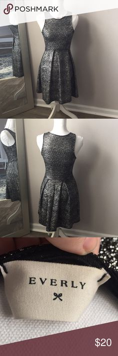 """Everly Sparkle Dress Sparkly fit and flare dress size S, great condition. Look like an adorable disco ball in this dress. 😋🖤  Flat lay measurements: Waist: 12.5"""" (slight stretch) Pit to pit: 14"""" Length: 34"""" Everly Dresses Mini"""