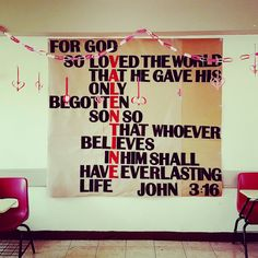 This is how the Bible quote looks like when it's 3x2 meters, glitter foam letters (trimmed and glued one by one) and kraft paper made... love my classroom!!  Not to say that it took me about 9 hours to get this done (I'm not the best at handicrafts)