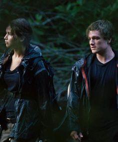 Katniss and Peeta in THG