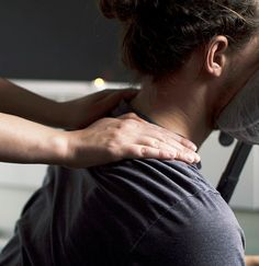 Did you know that corporate massage therapy from Skyn Deep can reduce absenteeism, increase productivity & boost morale? Check out our packages now!