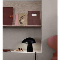 ¡Su diseño orgánico de la lámpara, la da un aspecto agradable y casi humano - es una lámpara con personalidad!