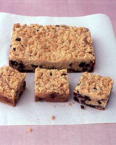 CAKE RECIPES WITH FRUIT: Blueberry Crumb Cake