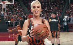 "Katy Perry lança trailer de ""Swish Swish"" com vários famosos http://ift.tt/2vl8yoI"