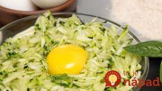 Zabudnite na obyčajnú omeletu, o tomto básni celá rodina: Cuketu len nastrúhajte, pridajte vajce, syr a máte najlepšiu večeru! Syr, Cobb Salad, Cooking, Food, Recipes, Kitchen, Eten, Recipies, Ripped Recipes