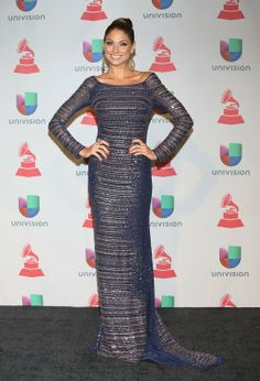 Happy Friday Braves !!! Come Check Out My Picks For Best & Worst Dressed Ladies At Last Night's 14th Annual Latin Grammy Awards!!! http://bravechica.com/2013/11/22/my-picks-for-best-worst-dressed-ladies-at-last-nights-14th-annual-latin-grammy-awards-las-mejor-y-peor-vestidas-en-los-latin-grammys-2013/ … #latingrammys  #style #fashion #friday #tgifriday #BlancaSoto