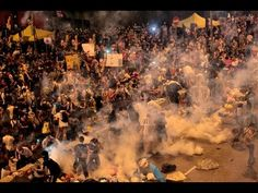 El centro de Hong Kong, bloqueado por protestas multitudinarias