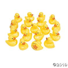 Duck Matching Game - fill up a pool and the kids play a game of memory using ducks (numbers on their bottoms). School Carnival, Carnival Birthday Parties, Carnival Themes, Circus Birthday, Circus Party, Farm Birthday, Carnival Party Games, Spring Carnival, Carnival Wedding