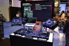 Pioneer Pro DJ booth | CDJ & Digital combined