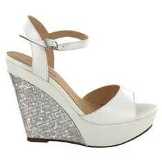 Zapato de cuña verano de Menbur (ref. 6516) Summer shoes by Menbur (ref. 6516)