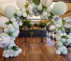 what an incredible colour combo we created for a Xmas party tonight at Wedding Balloon Decorations, Wedding Balloons, Birthday Party Decorations, Baby Shower Decorations, Party Themes, 21st Balloons, Party Ideas, Balloon Arch, Balloon Garland
