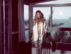 AMENAPIH  summer 2014  AMAZING !!!!!   le combo blazer blanc loose brodé au posh + amazing printed pant , bikini assorti