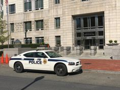 Post with 21 votes and 1400 views. Shared by zsreport. FBI Washington, D. Dodge Vehicles, Police Vehicles, Emergency Vehicles, Police Cars, Federal Law Enforcement, Law Enforcement Agencies, Law Enforcement Officer, Sirens, Radios