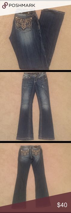 """Miss Me Mid Rise Bootcut Jeans 27 Miss Me Mid Rise Bootcut Jeans 27, 98%cotton 2% spandex, they have been hemmed with the original hem still attached so it could be let out to make them to the longer 34"""" inseam! They measure 28"""" waist and 31 1/2"""" inseam! Miss Me Jeans Boot Cut"""