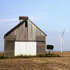 Midwesterners love barns -- symbols of our farming heritage. Check out some of the barn photos posted by midwestliving.com users, and share your own photos!